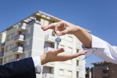 Стоит ли продавать квартиру